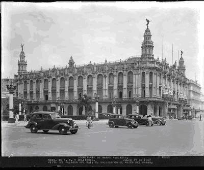 El edificio del Centro Gallego de la Habana. La foto es de 1937