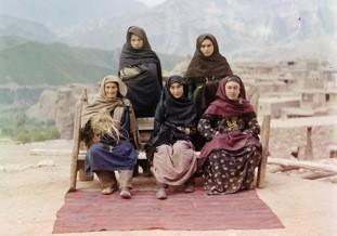 Grupo de mujeres en Dagestan, 1910