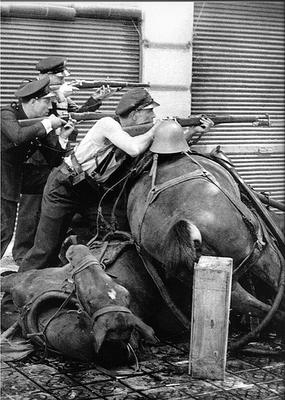 la guerra civil española en las calles de barcelona