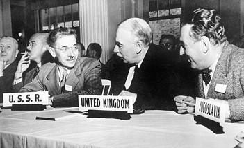 CONFERENCIA ECONÓMICA DE BRETTON WOODS, 1944